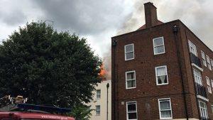 В Лондоне загорелся ещё один дом