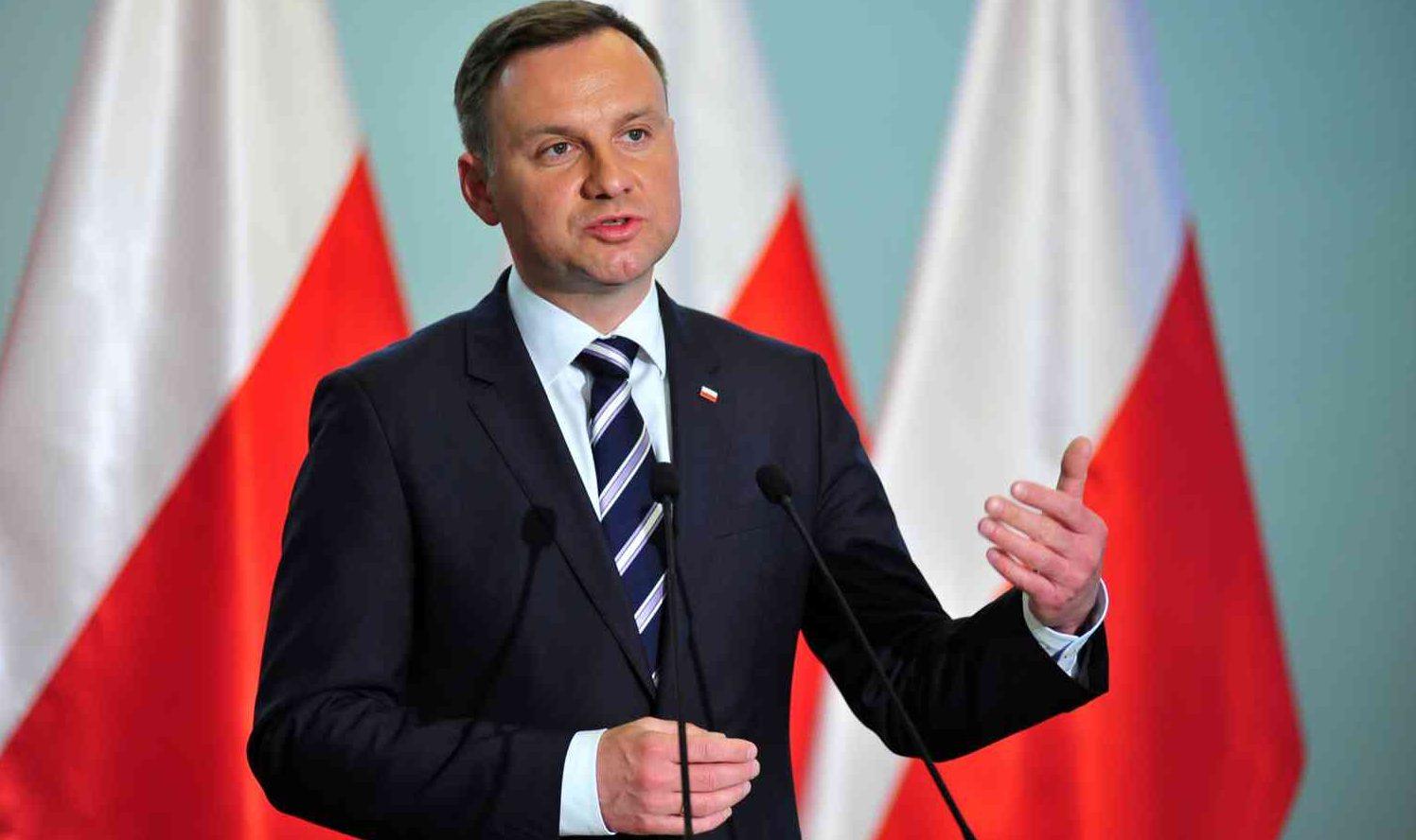 Польша готова судиться сЕврокомиссией из-за санкций
