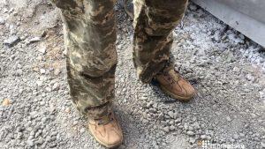 Изгнанный из ВСУ боевик «АТО» приковал себя возле украинского Минобороны