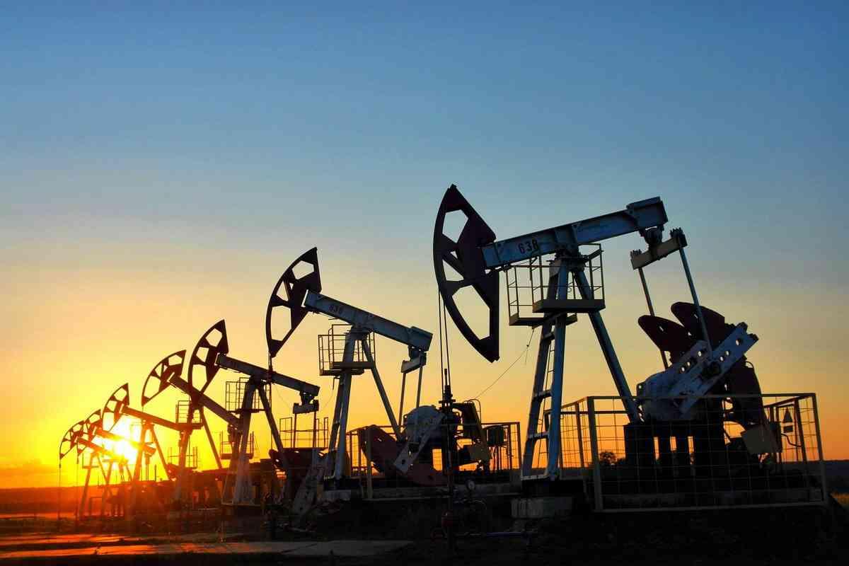 Общие потери государств-членов ОПЕК от падения цен на нефть составляют триллион долларов