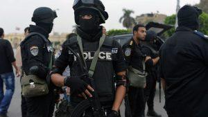 Полицейский и двое террористов убиты в ходе перестрелки в Египте