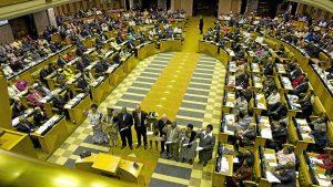 Оппозиция в ЮАР призвала к роспуску парламента