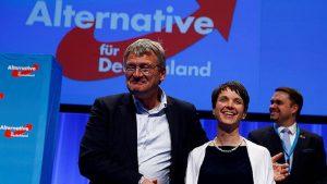 Впервые в истории современной Германии в бундестаг попала правая партия