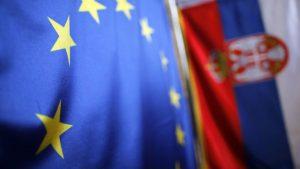 Еврокомиссар обсудил с сербским премьером условия вступления Сербии в ЕС