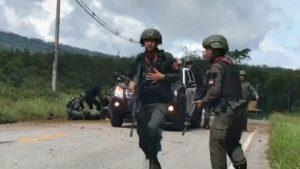 В Таиланде при взрыве патрульной машины погибли четверо военных