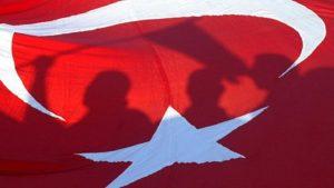 Власти Турции выдали ордеры на арест 63 предполагаемых членов ФЕТО