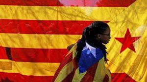 Глава Каталонии пригрозил Рахою