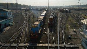 В Москве неизвестные закидали камнями пять поездов