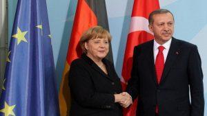 Меркель: мы должны сократить поддержку Турции