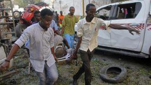 В столице Сомали боевики напали на отель