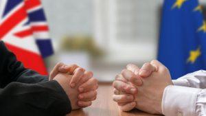 ЕС готовится к провальному сценарию переговоров по Brexit