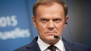 Польша требует от Евросовета призвать Туска к порядку