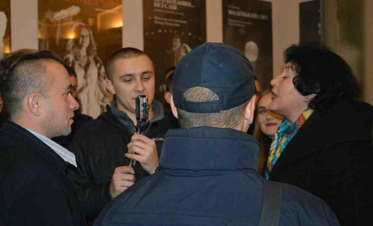 Сотрудница Одесского театра поведала подробности срыва спектакля Райкина