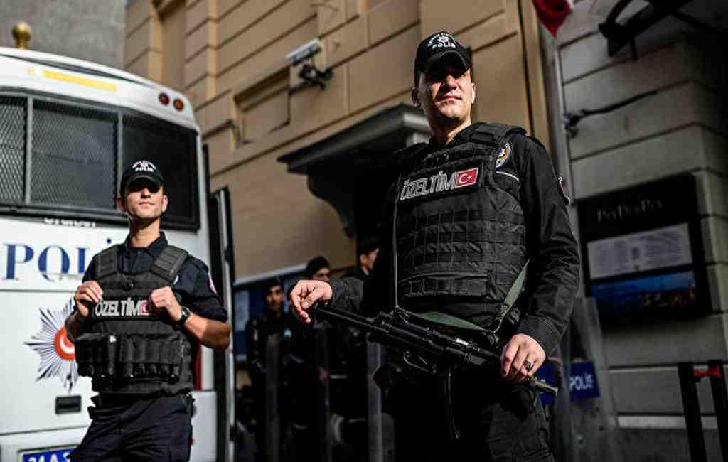 В русском посольстве вТурции открыли бюст Андрея Карлова