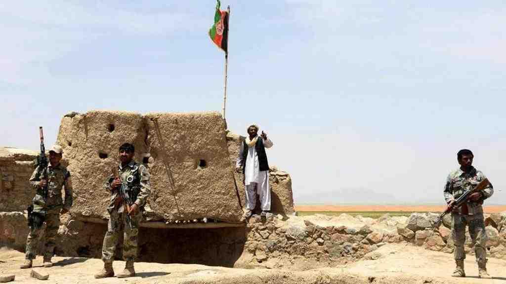 При нападении боевиков вАфганистане погибли неменее  20 военных
