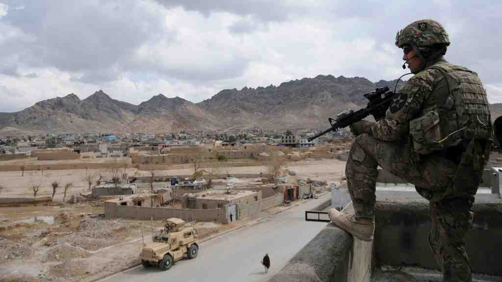 Неменее 20 военных погибли впроцессе атаки талибов вАфганистане
