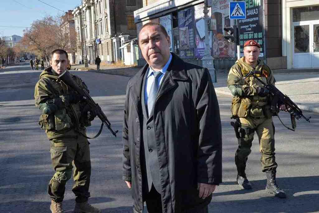 Плотницкий уехал изЛуганска в Российскую Федерацию