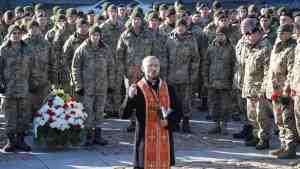 В Николаеве почтили память погибших пехотинцев