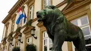 Люксембург подал в суд на Еврокомиссию