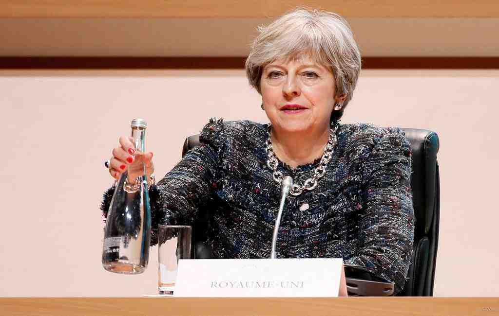 Выход Англии изЕС будет мягким— Тереза Мэй