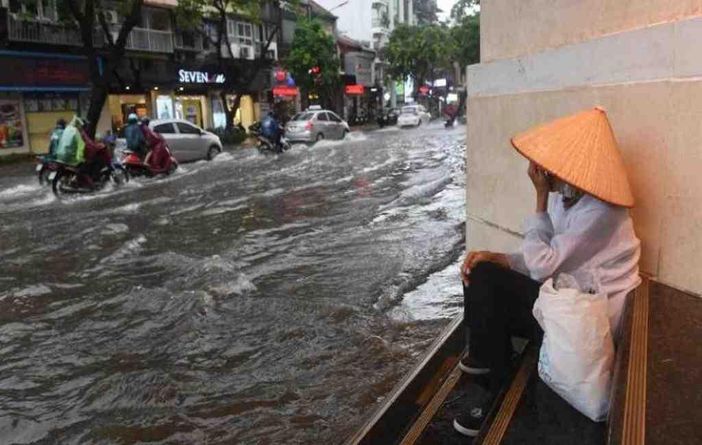 Из-за тайфуна «Тембин» воВьетнаме эвакуировали сотни тыс. человек