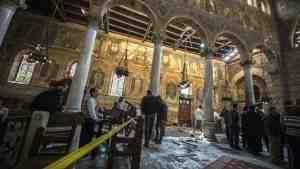 Террористы напали на церковь в пригороде Каира