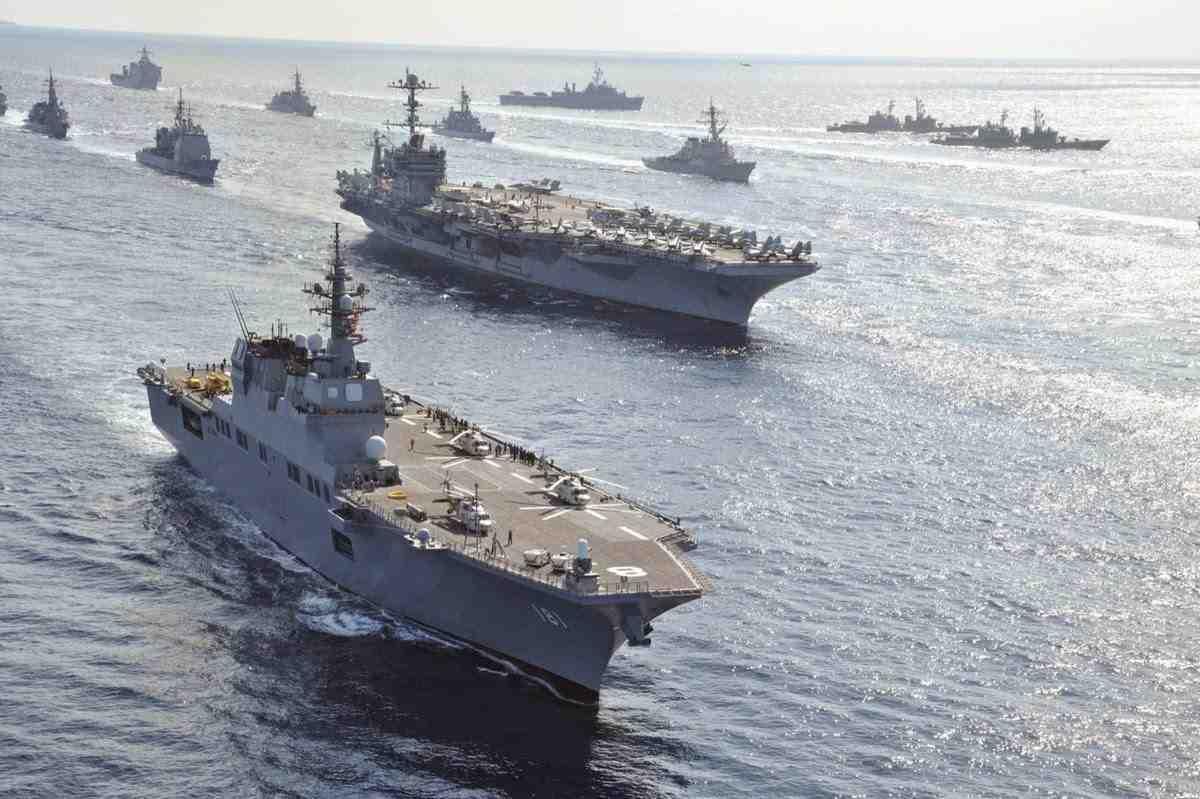 США, Япония иЮжная Корея начали общие учения уберегов Корейского полуострова