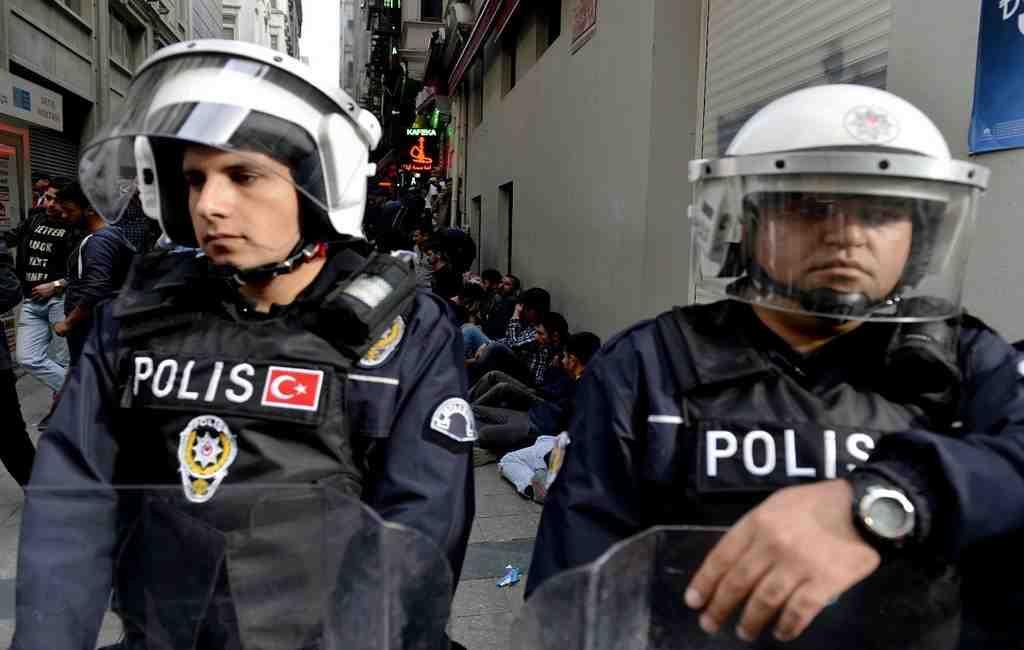 ВСтамбле поподозрению всвязях стеррористами задержаны 45 иностранцев