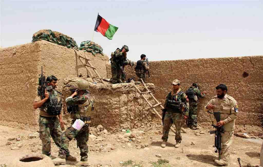 В итоге авиаудара навостоке Афганистана устранено поменьшей мере 15 боевиков
