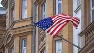 Генконсульства США в трёх города России возобновили выдачу виз