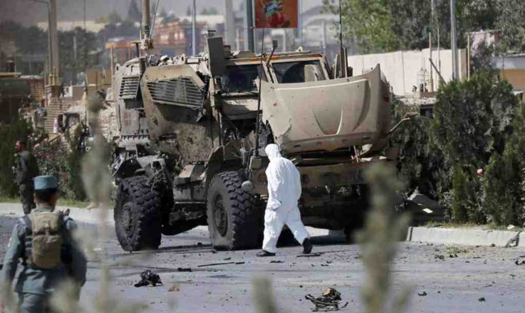 Напути следования конвоя сил НАТО вАфганистане прогремел взрыв