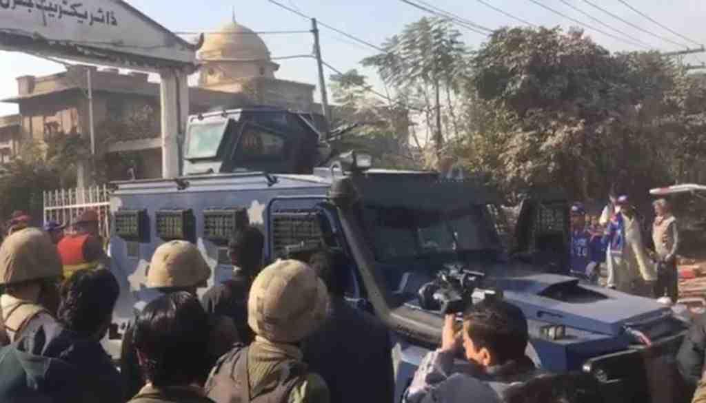 Атака боевиков на институт вПакистане привела кжертвам