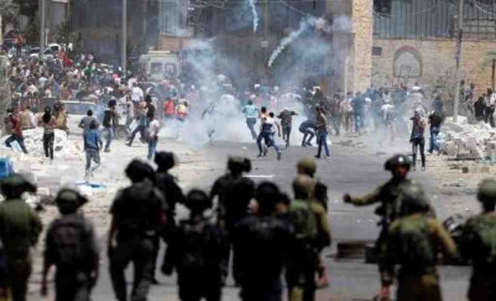 Встолкновениях сполицией Израиля пострадали 176 палестинцев