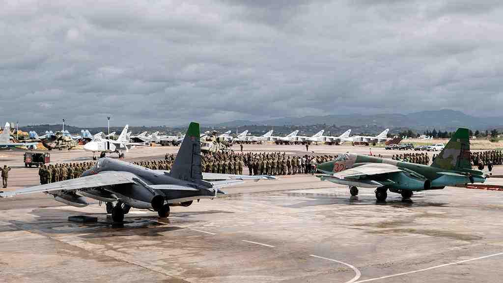 Лавров: перевод русских военных изСирии вЕгипет непланируется