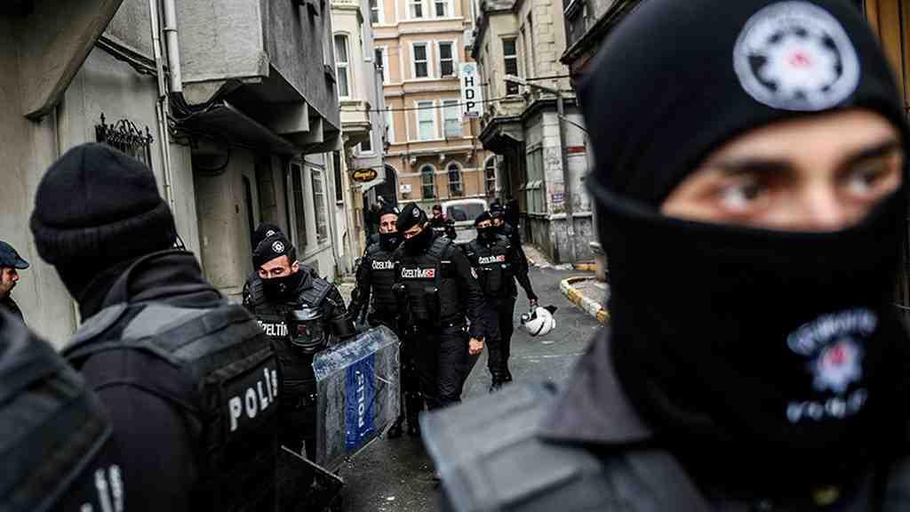 Вцентре Стамбула отменили новогодние празднования из-за угрозы теракта