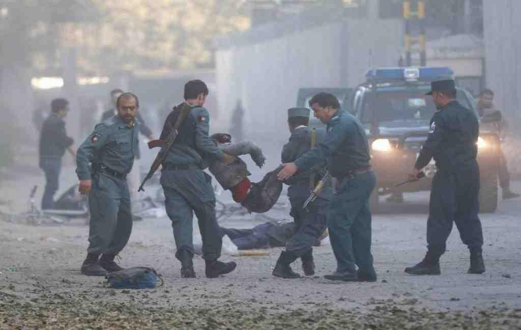 ВКабуле поменьшей мере 30 человек погибли в итоге атаки смертника