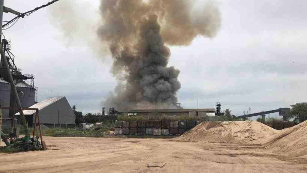 Размещено видео мощного взрыва впорту вАргентине