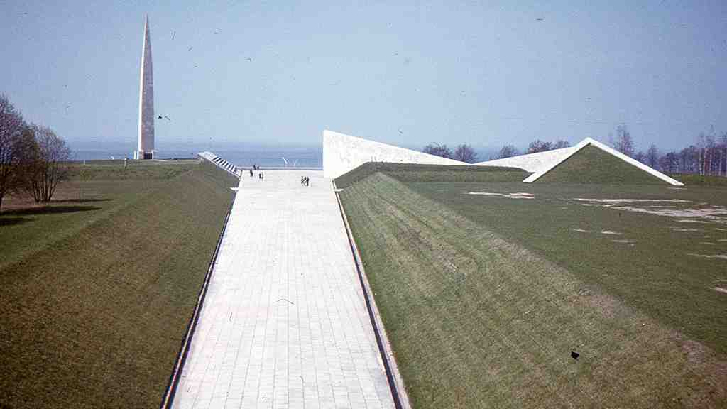ВТаллине могут снести советский мемориал