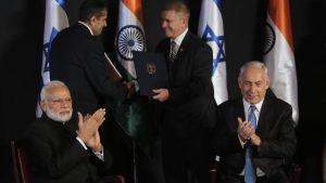 Премьер-министр Израиля начал шестидневный визит в Индию