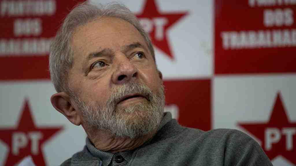 Экс-глава Бразилии, обвиненный вкоррупции, лишился права переизбраться