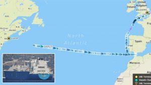 Танкер с газом из России повернул в Атлантике из-за погоды