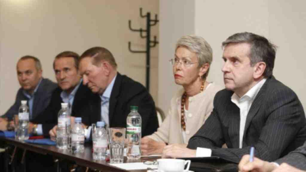 ВМинске стороны обменялись списками удерживаемых лиц