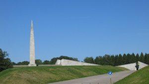 Советский мемориал в Таллине сносить не будут