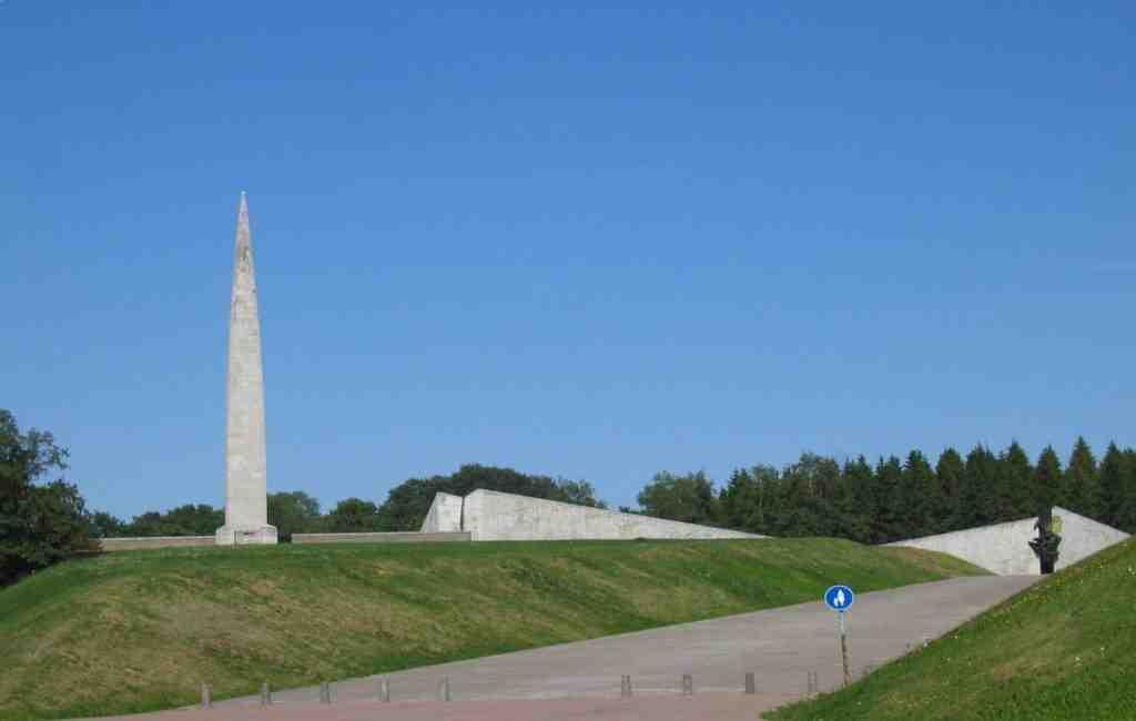 ВТаллине небудут сносить советский мемориал Маарьямяэ