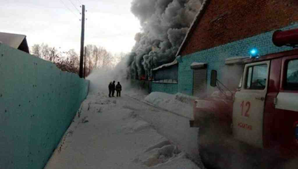 Обувной цех под Новосибирском, где произошел пожар, работал нелегально