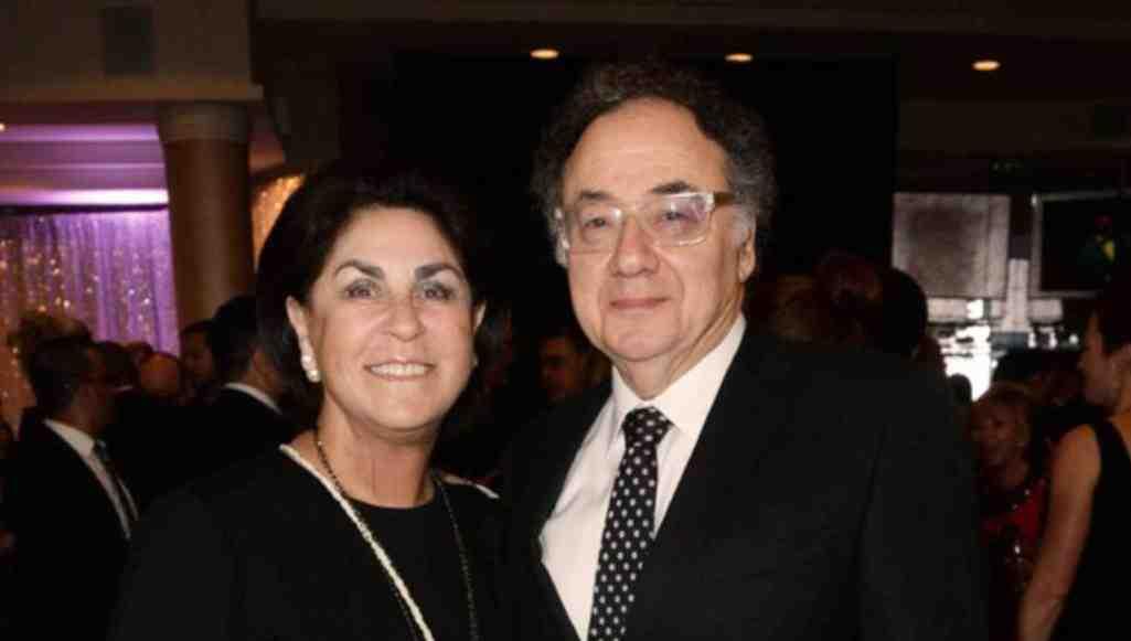Милиция  Канады считает убийством смерть руководителя  фармкомпании Apotex иего супруги