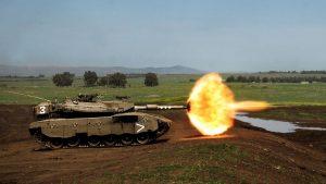 Израильский танк нанес удар по наблюдательному посту в секторе Газа