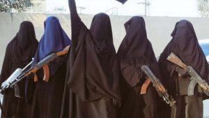 Суд Ирака приговорил 12 женщин-боевиков к смертной казни