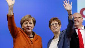 Меркель назвала кандидата на пост генсека партии ХДС