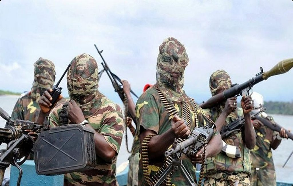 ВНигерии боевики напали нашколу: Без вести пропали десятки девушек